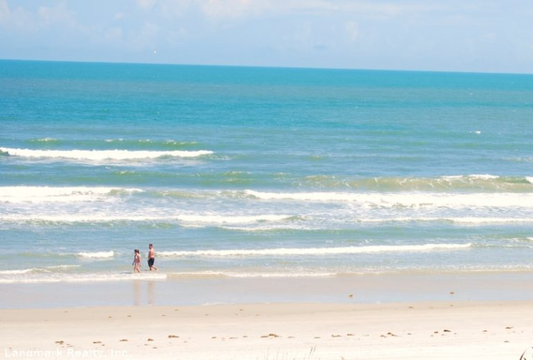 Spygl Iniums Crescent Beach